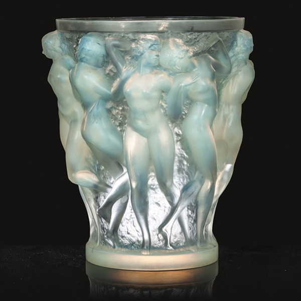 Rene Lalique Baccanthes opalescent glass vase