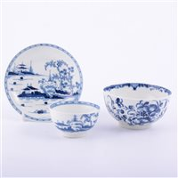 Lot 2 - First Period Worcester porcelain blue and...