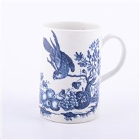 Lot 6 - First Period Worcester porcelain blue and...