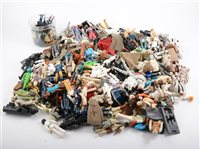 Lot 1258-Star Wars figures; large quantity of loose...