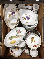 Lot 70-Royal Worcester, Evesham pattern, 35 piece...