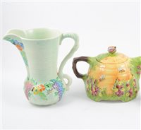 Lot 102-Royal Winton limited edition Beehive teapot, and other Beehive related pottery