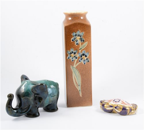 Lot 16-Box of ceramics