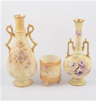 """Lot 61-A collection of Crown Devon blush ivory decorative ceramics, dressing table set in the """"Wye"""" pattern"""