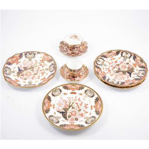 Lot 51-A small quantity of Royal Crown Derby Imari ware