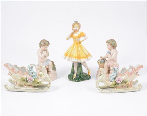 Lot 16-A mixed lot of decorative ceramics