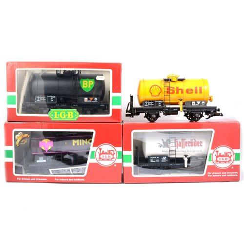Lot 61-LGB railways G scale petrol tank wagons