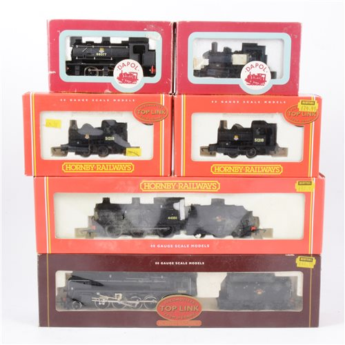 Lot 28-Hornby and Dapo railway locomotives