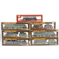 Lot 29-OO gauge railway locomotives