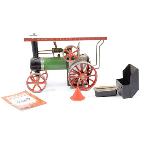 Lot 75-Mamod live steam Showmans engine