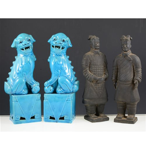 Lot 36-A box of ceramics, including two replica terracotta warriors (25cm high), a pair of blue glaze oriental lion figurines (25cm high), a child's plate and cup set