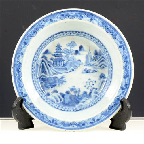 Lot 22-Chinese export porcelain shallow dish, painted with lake landscape with pavillion and figures, diameter 18cm.
