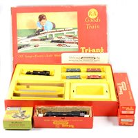 Lot 14-Tri-ang model railway OO gauge; including R3X goods train set