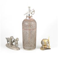 Lot 90-A reproduction cast iron novelty money box with a bulldog and other items, one box.