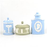Lot 29-A Wedgwood Jasperware tea caddy and two covered boxes.