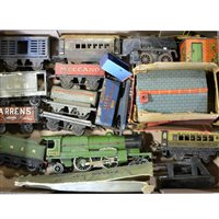 Lot 37-Hornby model railways O gauge Flying Scotsman locomotive, etc.