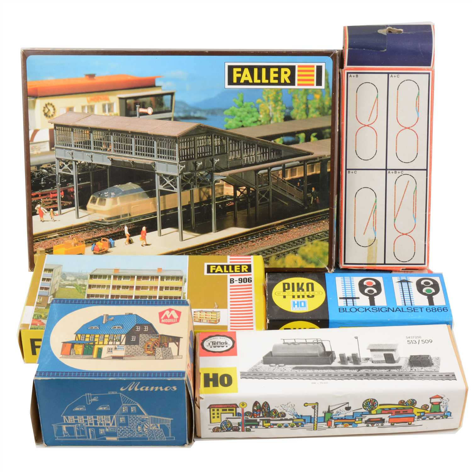 Lot 31-HO gauge model railway track-side buildings, scenery, track, points, and controller