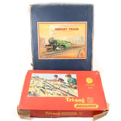 Lot 45-Hornby O gauge model railways, 601 Goods Set and OO gauge R3A