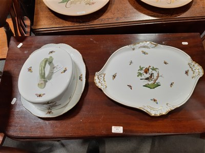 Lot 65-Herend porcelain table service, Chinese Bouquet Green