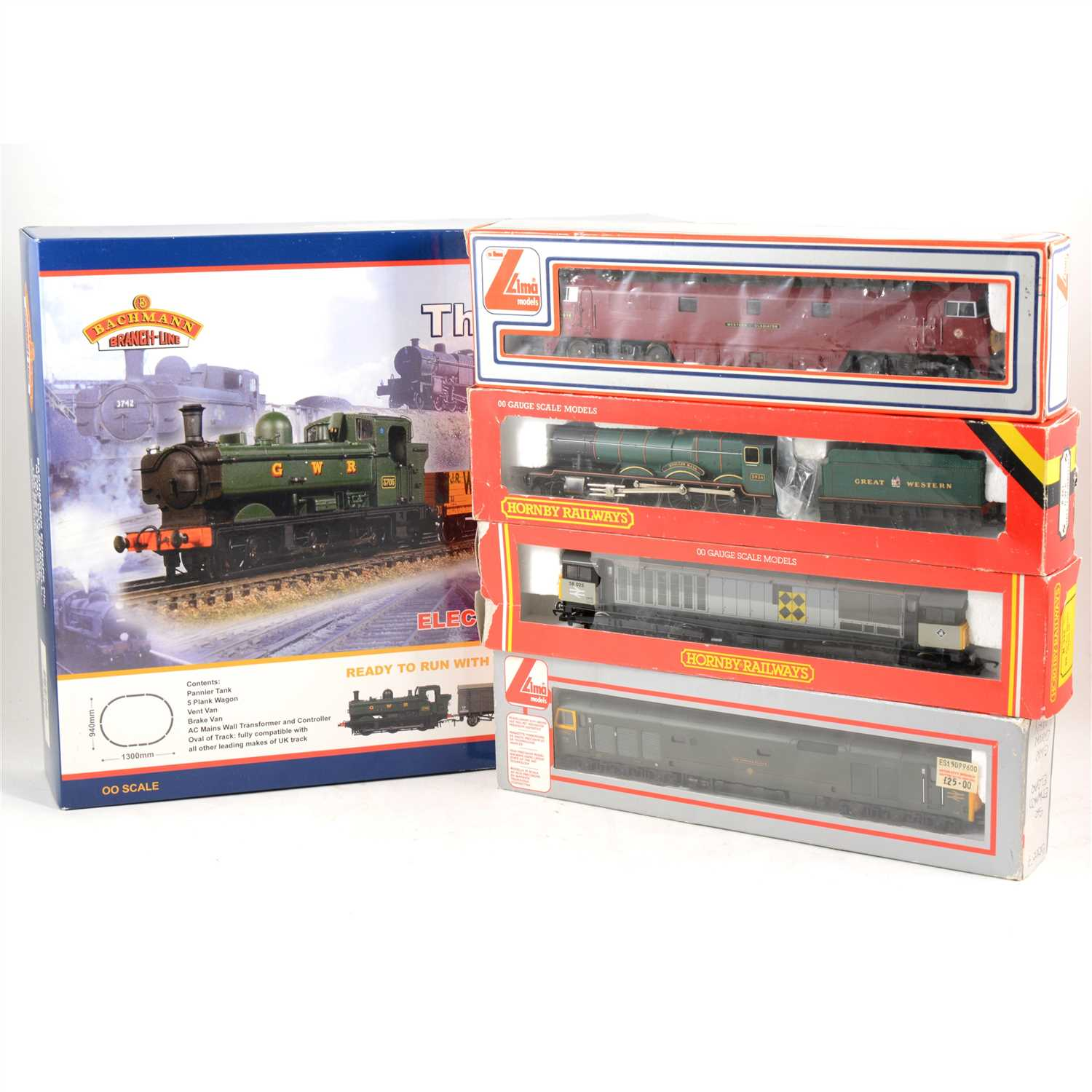 Lot 18-OO gauge model railways by Hornby, Mainline, Llima and Bachmann; a large collection