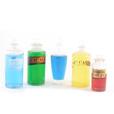 Lot 54-Large collection of chemist's bottles including dry drug jars