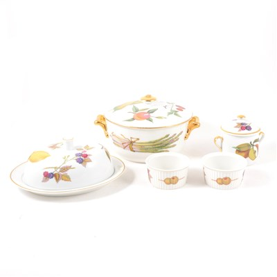 Lot 35-A collection of Royal Worcester tableware, Evesham pattern, ...