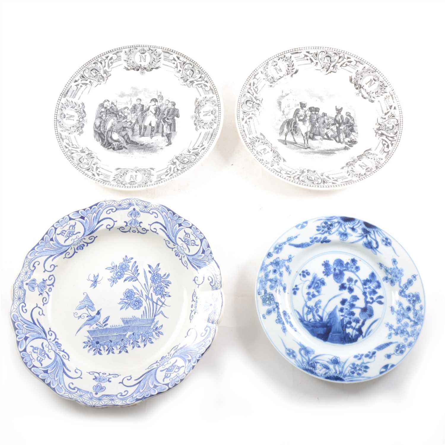 Lot 45-Chinese blue and white export porcelain plate