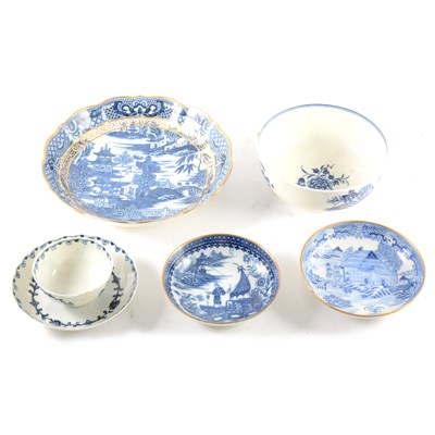 Lot 29-A Caughley blue and white basin, ...