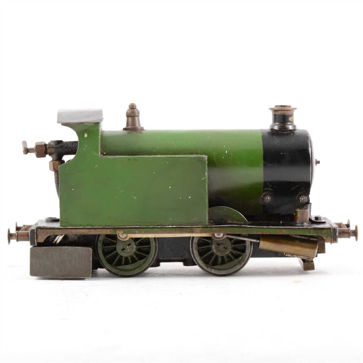 Lot 4-Scratch built tank locomotive, O gauge scale, like steam, green livery.