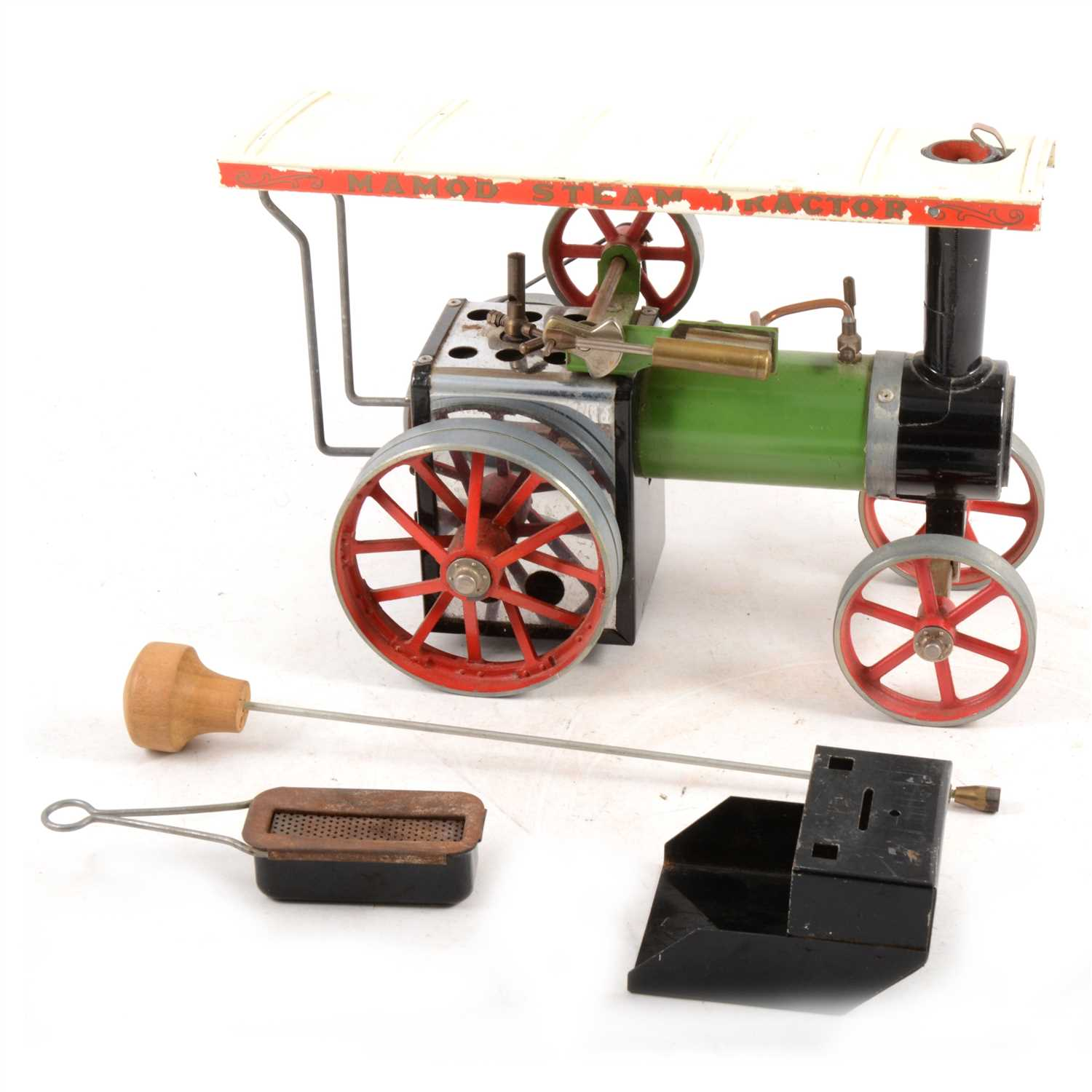 Lot 11-Mamod live steam showman's engine TE1, with burner and steering stick, not boxed.