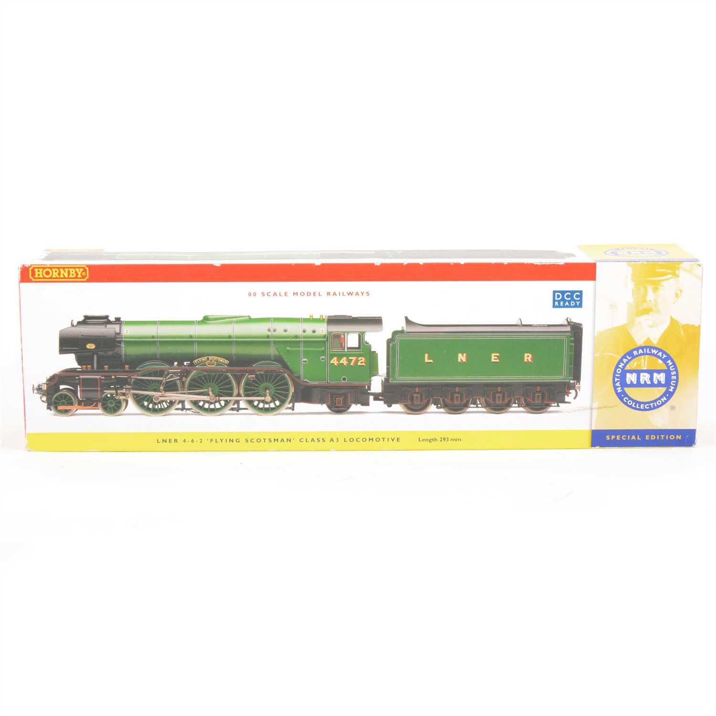 "Lot 40-Hornby model railways OO gauge locomotive; R2441 NRM 4-6-2 ""Flying Scotsman"""