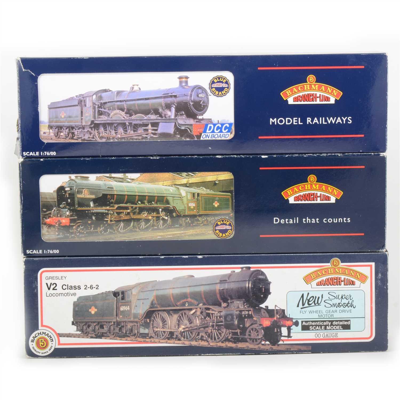 Lot 31-Three Bachnann OO gauge model locomotives, all boxed.