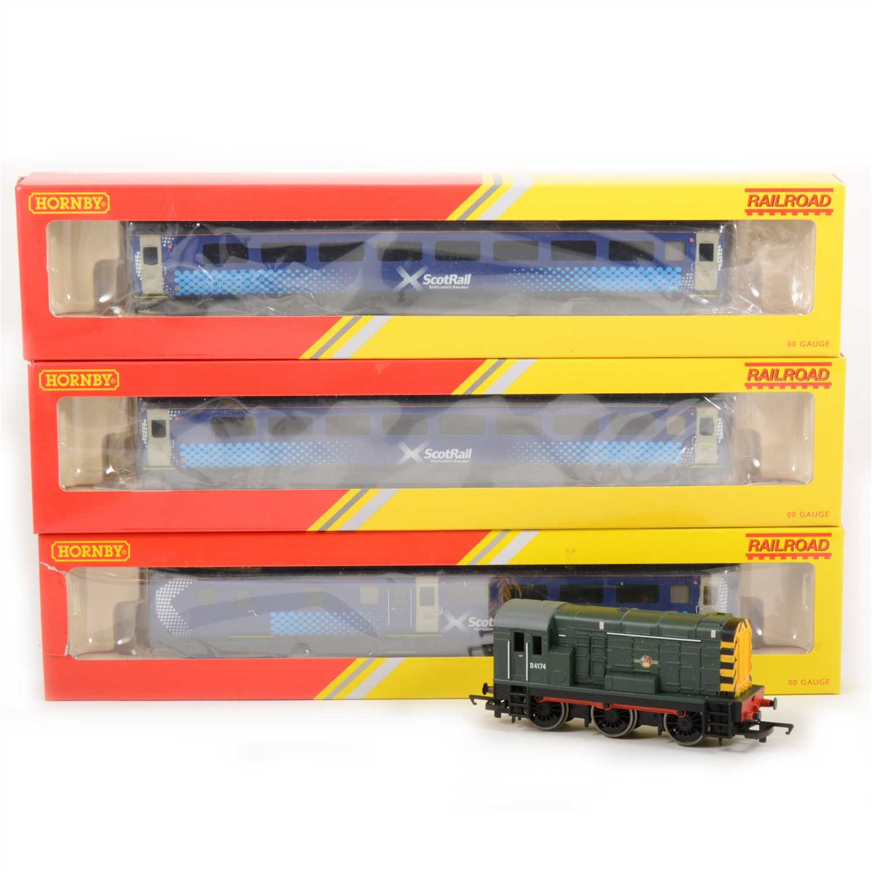 Lot 38-Hornby OO gauge model railway; three Intercity passenger coaches and a D4174 diesel shunter locomotive.