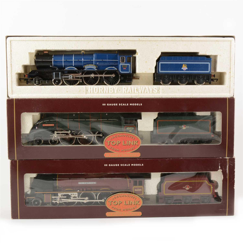 Lot 34-Two Hornby OO gauge model railway locomotives, including 'Wild Swan'