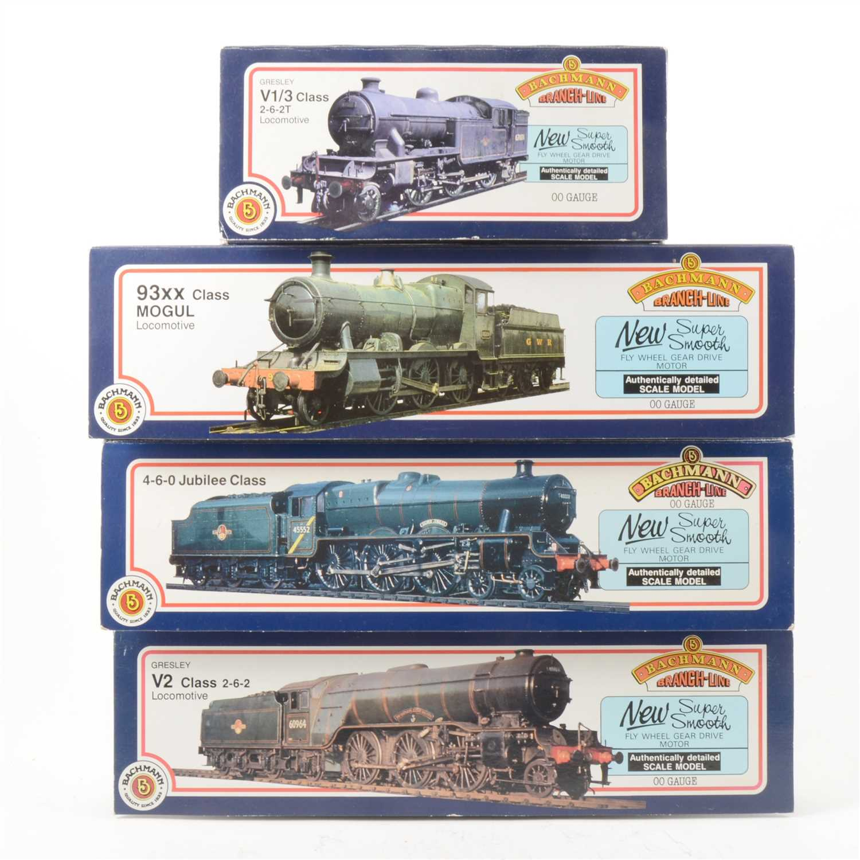 Lot 42-Four Bachmann OO gauge model railway locomotives, including 'Bahamas'