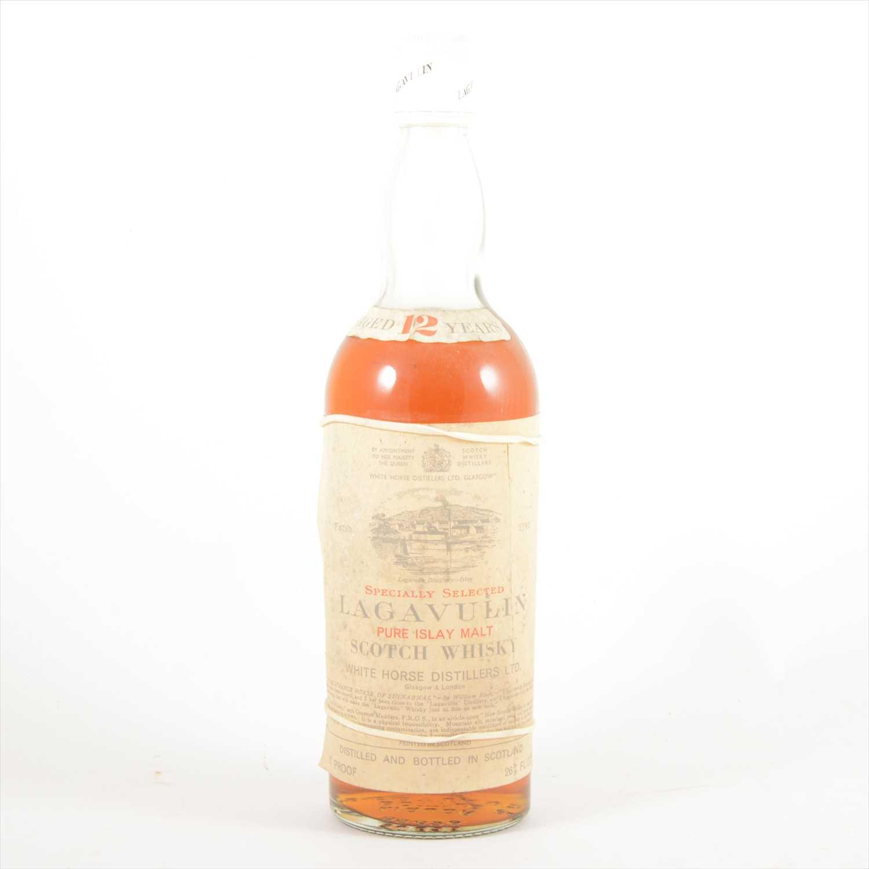 Lot 578-LAGAVULIN - 12 years old - 1970s bottling