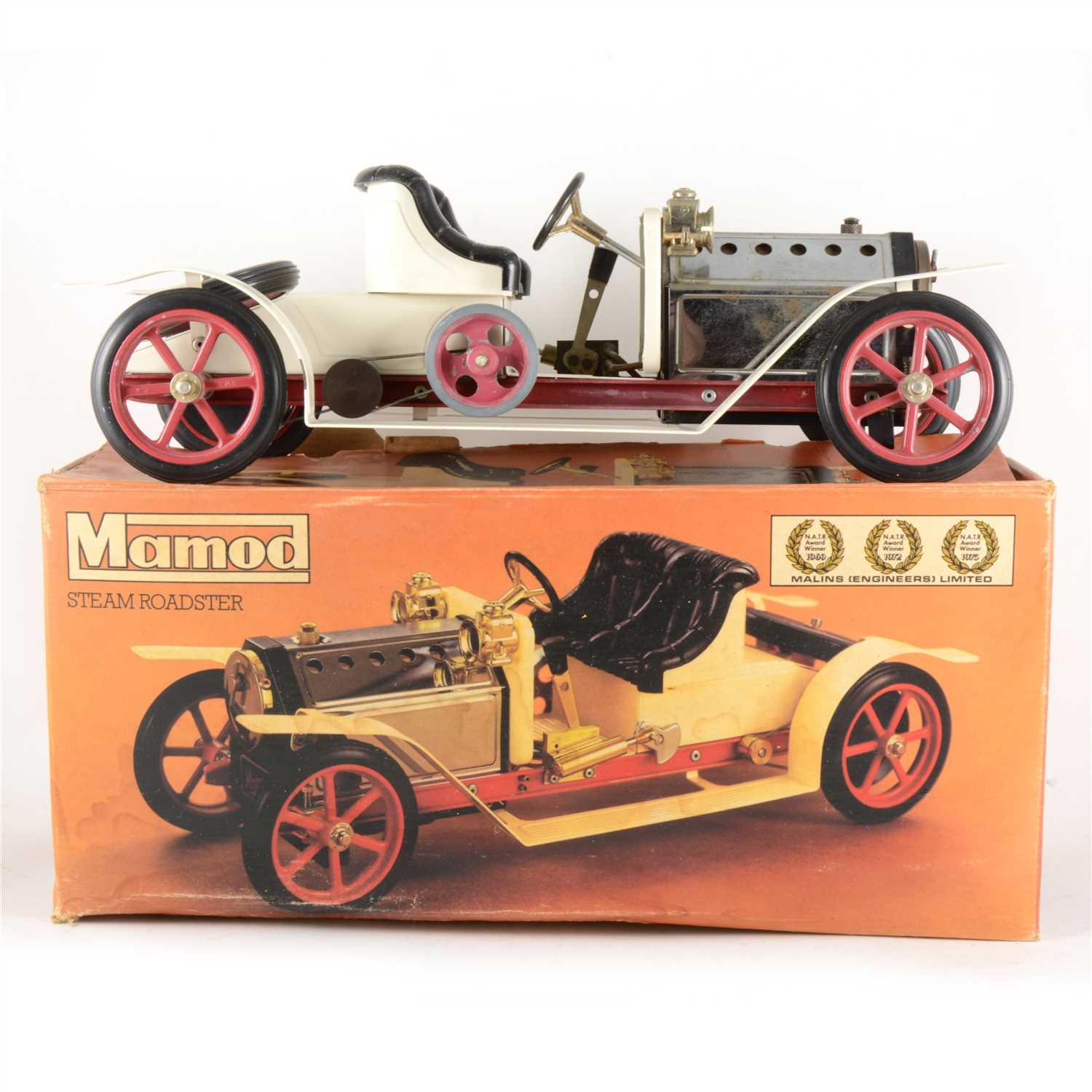Lot 9-Mamod live steam roaster motorcar, boxed.
