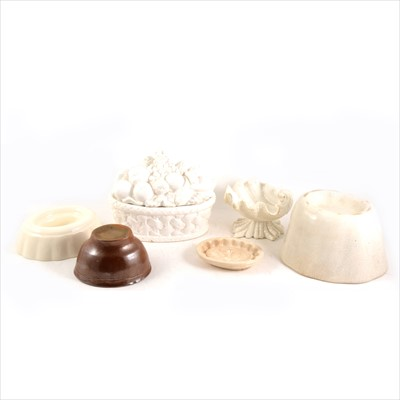 Lot 93-Several ceramic jelly/ blancmange moulds and others.