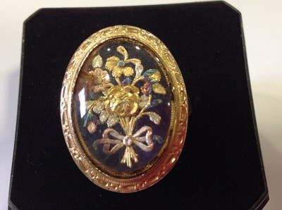 Lot 37-A 19th Century three colour gold ring.