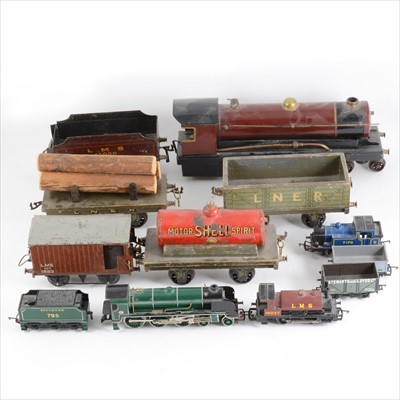 Lot 43-Bowman O gauge steam locomotive, LMS 13000 with tender 4-4-0, wagons and OO gauge locomotives.