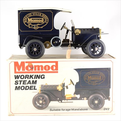Lot 17-Mamod live steam; DV2 working steam model motorcar, with box and inner card trays.
