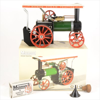 Lot 19-Mamod live steam; TE1a steam tractor traction engine, boxed