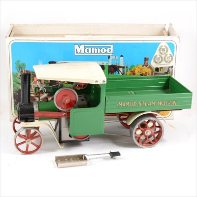 Lot 21-Mamod live steam; SW1 steam wagon engine, green body, boxed with burner.