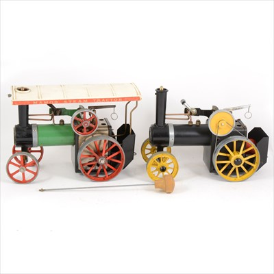 Lot 31-Mamod live steam; two TE1A traction engines, green body and black/yellow body.
