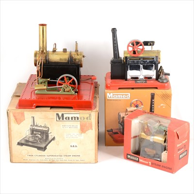 Lot 24-Mamod live steam; three stationary steam engines, SE3 twin cylinder, SP2, and Minor 1, all boxed with burners.