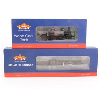 Lot 49-Two Bachmann OO gauge model railway locomotives; 35-050 and 31-910.