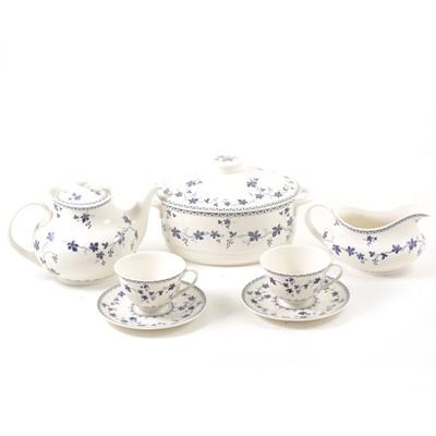 Lot 44-An extensive Royal Doulton dinner and tea service, 'Yorktown' pattern