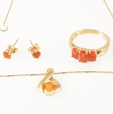 Lot 52-A suite of Mexican fire opal jewellery, ring, pendant and pair of earstuds.