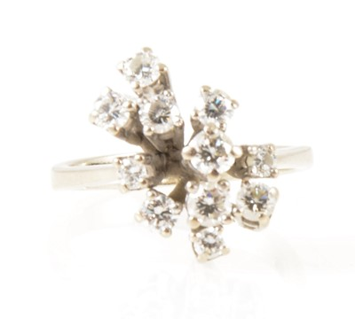 Lot 9-A modern diamond cluster ring.