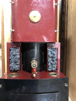 Lot 47-Roundhouse live steam, gauge 1 / G scale, 32mm locomotive, 'Gilly' 0-4-0, maroon, in case.